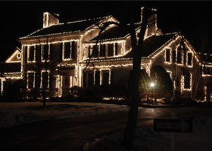 chistmas light installation